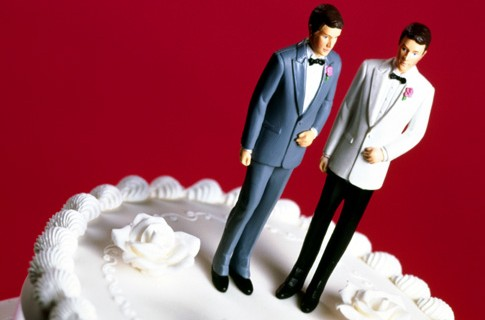 gay-marriage-cake-toppers-485x320
